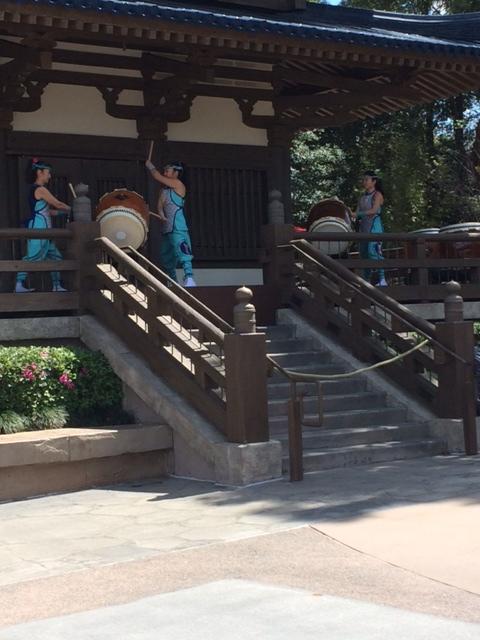 14 - Japanese drums